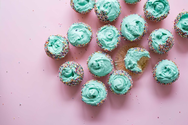cake-2587995_1920